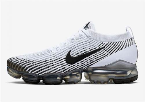 Men's Air VaporMax Flyknit 3.0 Sneakers White Black AJ6900-105