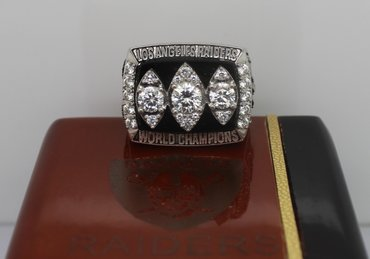 Football 1983 Super Bowl XVIII Los Angeles Raiders Championship Ring