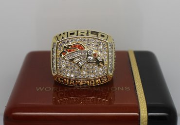 Football 1997 Super Bowl XXXII Denver Broncos Championship Ring