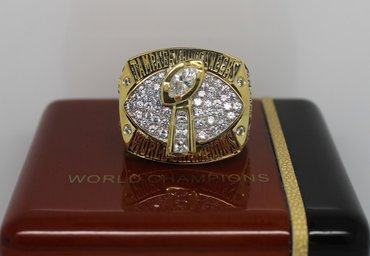 Football 2002 Super Bowl XXXVII Tampa Bay Buccaneers Championship Ring