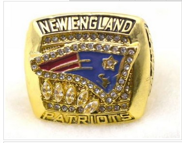 Football New England Patriots World Champions Gold Ring